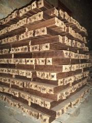 Топливные брикеты Pini & Kay из опилок древесных