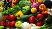 ТК Овочева комора реализует овощи и фрукты отечественного производител