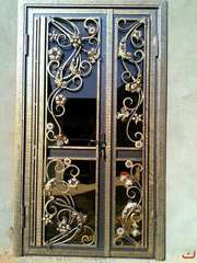 металлические двери,  решётки и др.металлоконструкции.