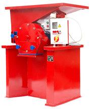 Зернодробилка дробилка ДКУ на 7.5 кВт до 1400 кг.час Кормоизмельчитель, Кормосме