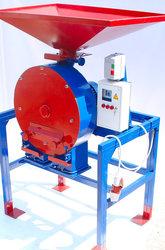 Зернодробилка дробилка ДКУ на 11 кВт до 2100 кг.час Кормоизмельчитель, Кормосмес